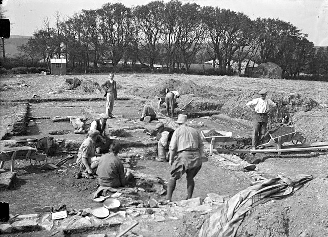 Excavation team, Magor Farm Roman Villa